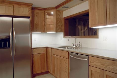 reface or replace kitchen cabinets refacing or replacing kitchen cabinets