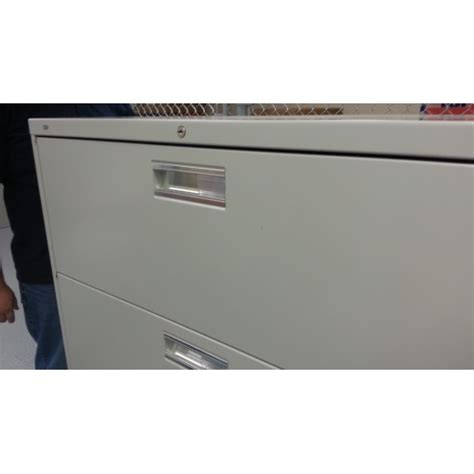 Hon Lateral File Cabinet Lock Hon Grey 4 Drawer Lateral File Cabinet Locking Allsold Ca Buy Sell Used Office Furniture