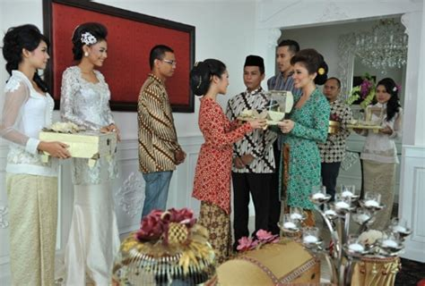 Mempersiapkan Lamaran   Weddingku.com
