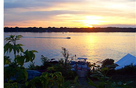 boat slips for rent lake beulah wi louie s lakeside boat slip rentals and vacation rental