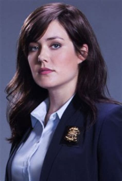 4 megan boone opens up about the blacklist favorite the blacklist interview with leading lady megan boone