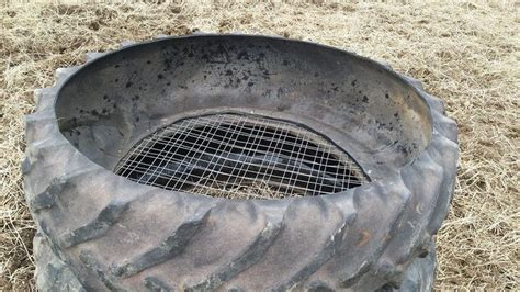 Tyre Feeders tire pasture hay feeder horses hay feeder and hay