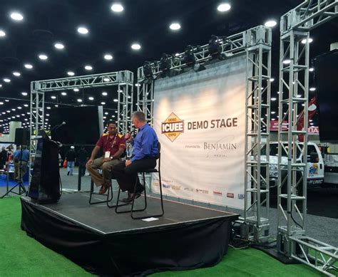 Home Design Trends To Ditch In 2015 Trenchless Technology Recaps Day 2 At Icuee 2015