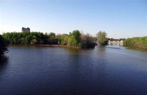 File:Three Rivers, Fort Wayne, Indiana   Wikimedia Commons