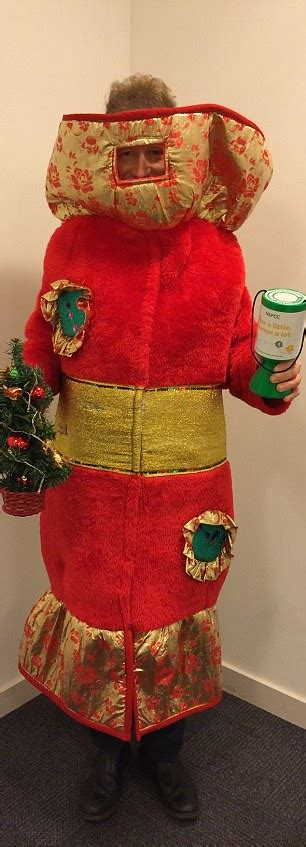 saul duck wears a different festive fancy dress christmas every day daily mail online