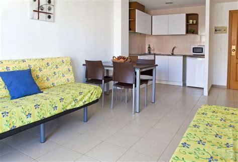 apartamentos lotus blanes rvhotels apartamentos lotus en blanes destinia