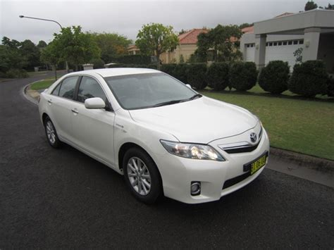 How Much Is A Toyota Camry Hybrid 2011 Toyota Camry Hybrid Luxury Review