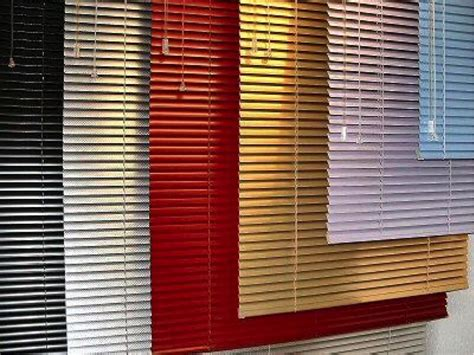Jual Cermin Venetian aluminum blinds vs vinyl blinds which is better