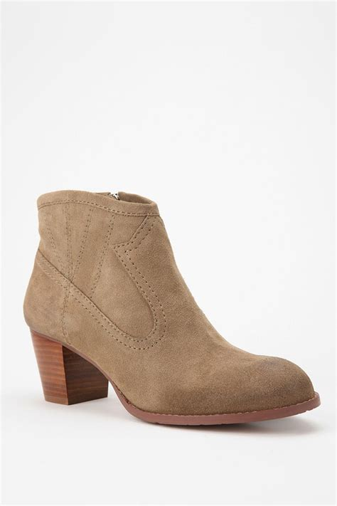 dolce vita ankle boots dolce vita juju suede ankle boot outfitters