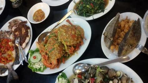 Kepiting Angsio Kepiting Angsio Foto Rumah Makan Seafood Apong Makassar