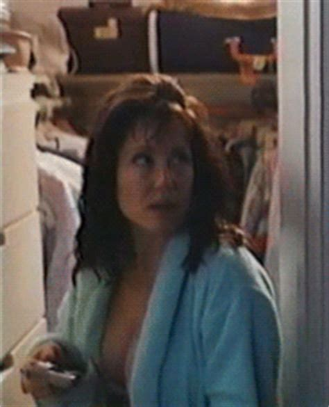 something about mary bathroom scene if you just smile surena 13 round two mary mcdonnell