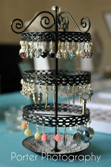Origami Owl Jewelry Display - 17 best images about origami owl jewelry bar ideas