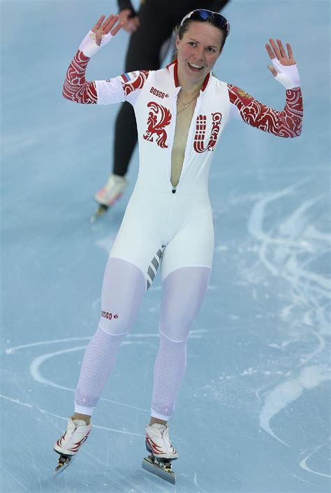 olympics wardrobe failure russian speedskater forgets she s naked under suit nearly