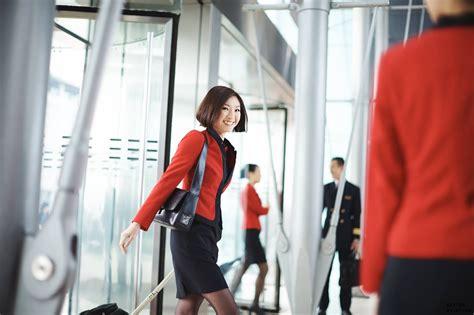 cathay cabin crew walk in hong kong