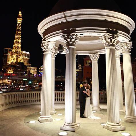 Renew Wedding Vows Vegas by Best 25 Vegas Vow Renewal Ideas Ideas On