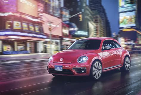 early color new edition 2017 volkswagen beetle spawns pinkbeetle special edition autoevolution