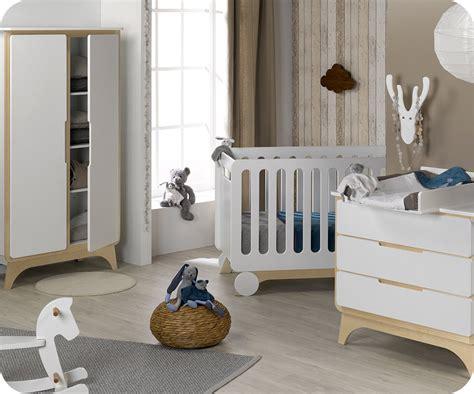 chambre bebe bois blanc chambre b 233 b 233 compl 232 te pepper blanche et bois
