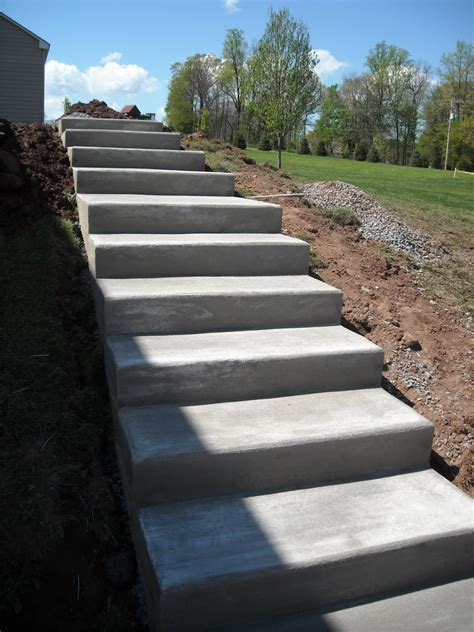 outside steps concrete stairs exterior concrete stairs design ideas