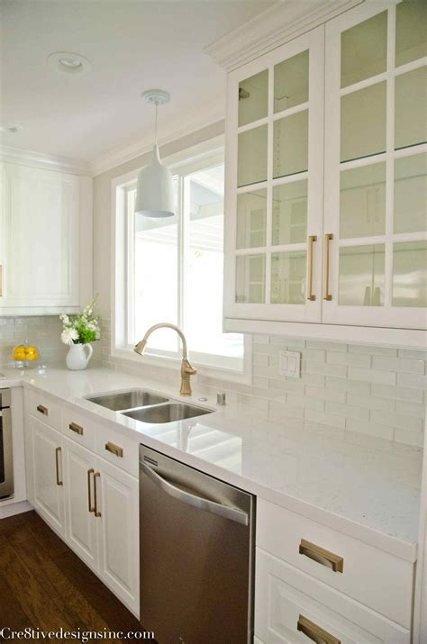 White Kitchen Cabinets And White Countertops White Kitchen Cabinets With Quartz Countertops Deductour