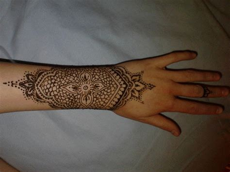 henna wrist tattoos wrist henna 183 a henna 183 creation by louise a