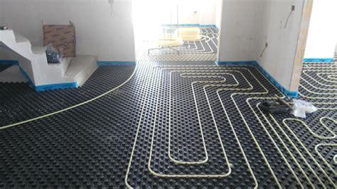 impianto raffrescamento a pavimento impianto a pavimento riscaldamento e raffrescamento