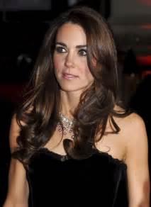 kate middleton wows in velvet alexander mcqueen gown