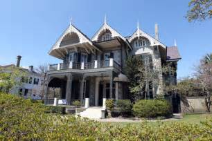Bullock amp baby move into a new orleans victorian hooked on houses
