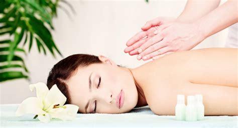 massaggio con candela massaggi con candele citt 224 di perugia regali 24