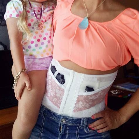 ccw concealed carry corset review 95 best concealed carry for women images on pinterest