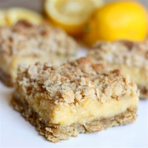 Lemon Bar Topping by Thick Gooey Lemon Bars With A Lemon Center And