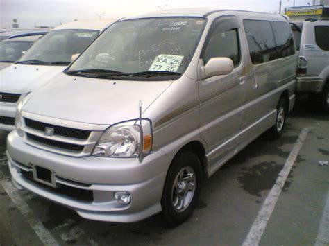2001 Toyota Hiace 2001 Toyota Hiace Regius Pictures