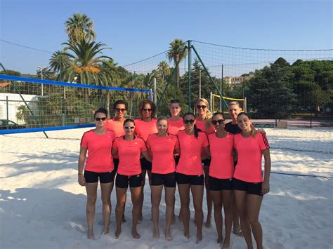 Calendrier Volley Cannes Cannes Bient 244 T Le Calendrier 2016 Montlucon Volley