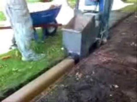 installation  concrete landscape edgingcurbing