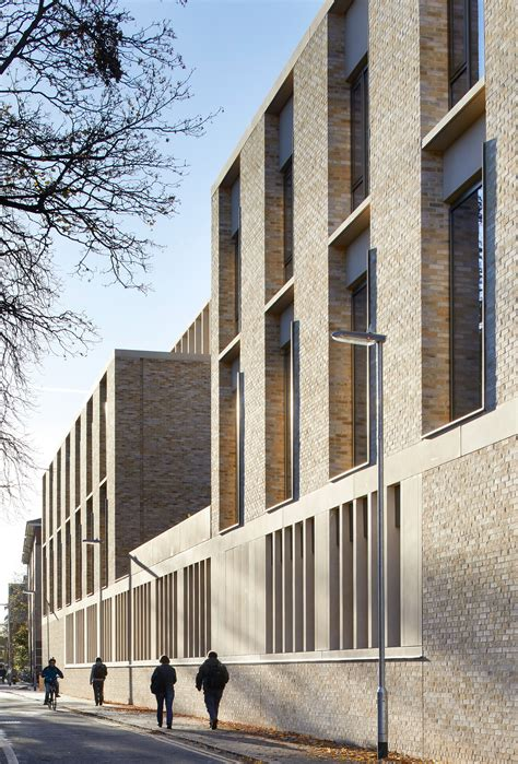 William And Flex Mba Academic Calendar by Stanton Williams Completes Contemporary Extension To
