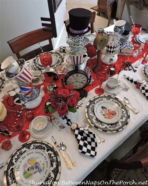 Total Home Decor Alice In Wonderland Mad Hatter Dinner Party