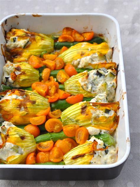 fiori di zucchina ripieni di ricotta fiori di zucca ripieni al forno una cucina tutta per s 233
