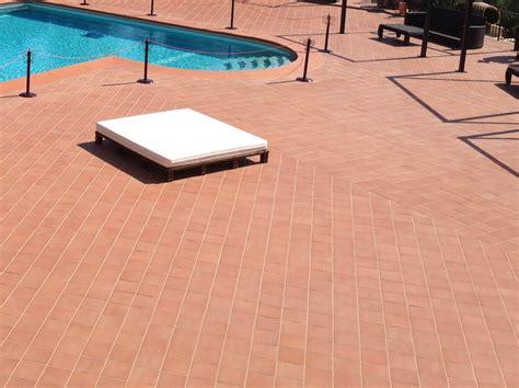 pavimenti in cotto per esterni prezzi pavimento in cotto per interni ed esterni rosato natura by