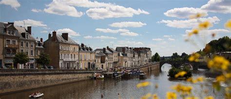 Laval L by La Mayenne Laval Ville D Et D Histoire
