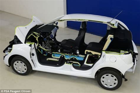 Minicat Air Car Runs On Compressed Air by Peugot Reveals Plans For Hybrid Air To Hit Streets Next