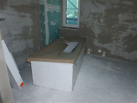 riesige badewanne ewiges d 228 mmen und isolieren 23 10 2011 unser traum