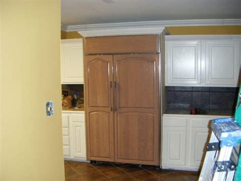 kitchen cabinet color combos that really cook this old kitchen cabinet color combinations places in the home