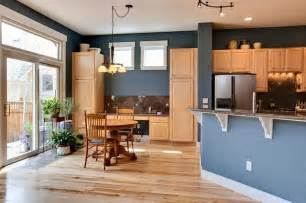 Blue Kitchen With Oak Cabinets by Blue Walls Kitchen On Pinterest Brown Walls Kitchen