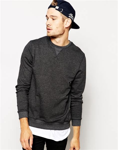 Aw08 With Gallianos by Sweatshirt And A Snapback 39 And Stylish S