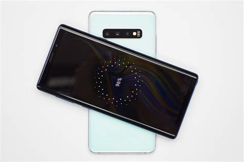 Samsung Galaxy S10 Not Charging by How To Charge Other Phones With Your Samsung Galaxy S10 Phonearena