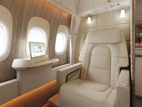 emirates new first class suite emirates 777 new first class suite is pretty sweet
