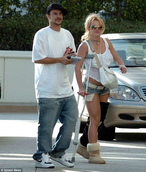 Is Kevin Federline Going To Tell All 2 by Kevin Federline Stocks Up On Junk Food After Becoming