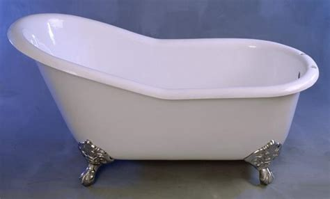 slipper tubs and pedestal tubs