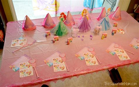 table princesse disney 93 disney princess centerpiece ideas princess