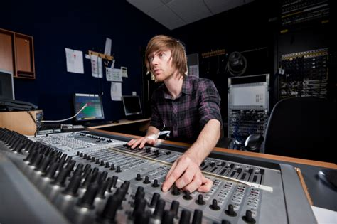 best audio engineering schools computer it degree programs computermajors