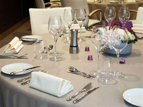 Ordre Des Couverts Sur Une Table by Comment Dresser Une Table 171 Cookismo Recettes Saines